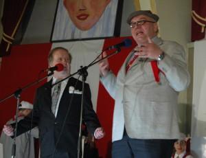 """Auf der """"Närrischen Baustelle"""" im Rheingoldsaal: Hans Unger (links) und Bernd Ebenau als Duo Novi."""