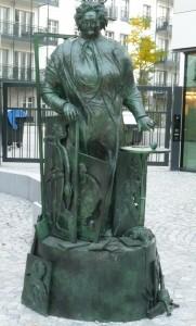 Denkmal Mutter Ey